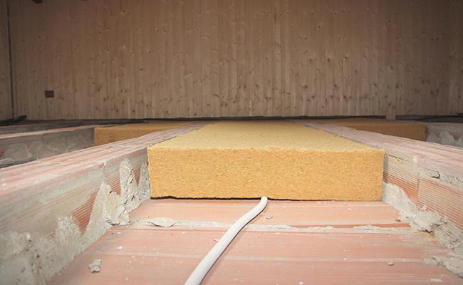 Isolanti termici bio soluzioni con i nostri materiali - Pannelli isolanti per sottotetto ...